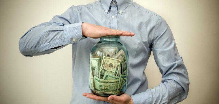 貯金をするために保険を利用する方法